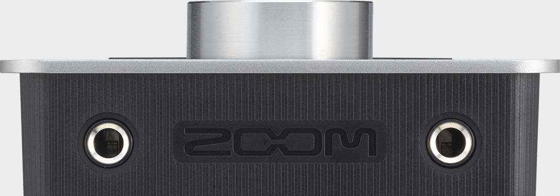 Zoom TAC-2 Thunderbolt Audio Converter - front view