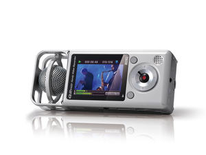 Zoom Q2HD Handy Video Recorder - rear playback