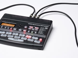 Zoom RT-223 RhythmTrak Drum Machine - Plugged In