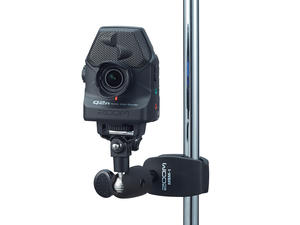 Zoom Q2n: Mounted with Zoom MSM-1