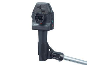 Zoom Q2n: Mounted with Zoom MA-2